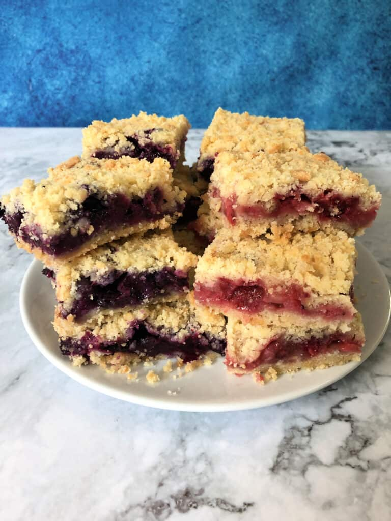 Red white and blueberry crumble bars