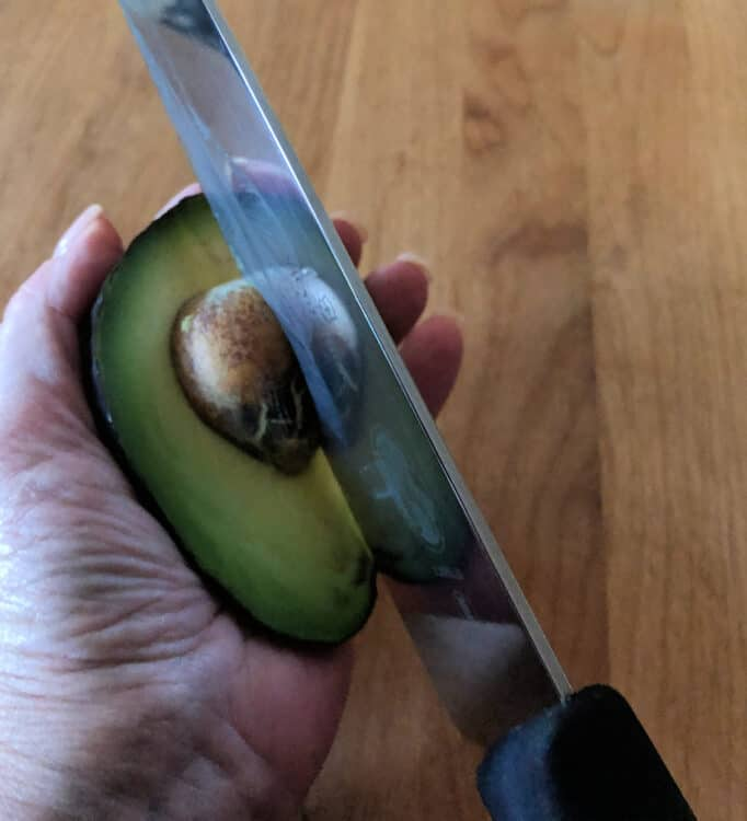 avocado tips for cutting