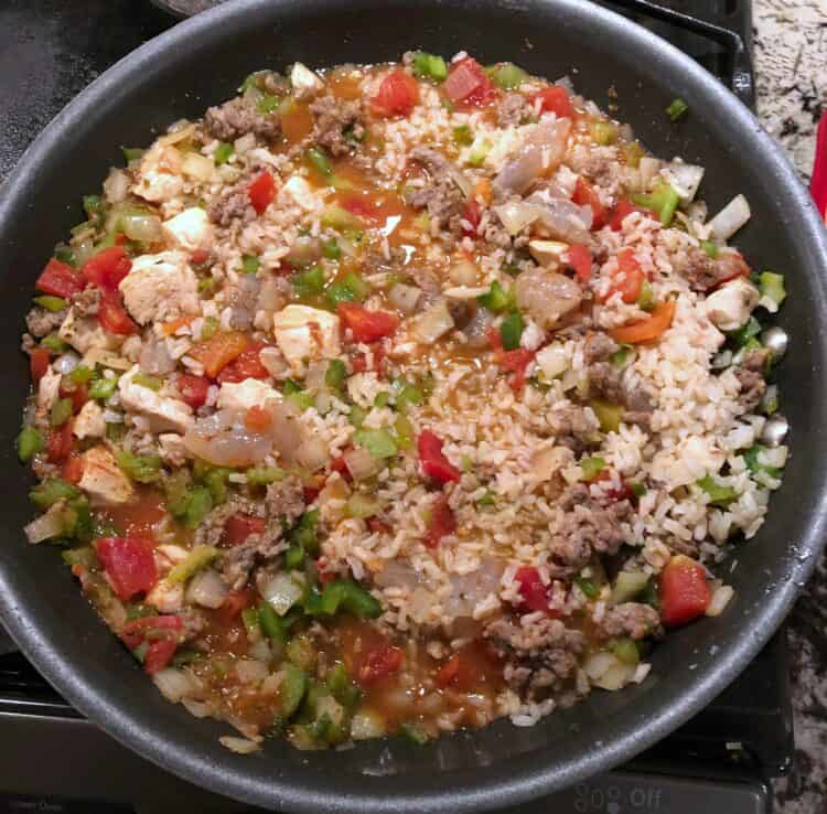 Jambalaya cooking