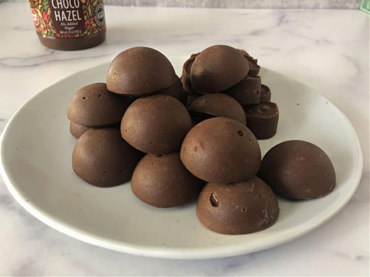 plate of round nutella fat bombs