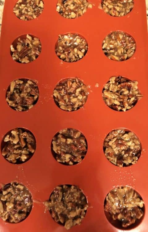 keto pecan clusters in molds