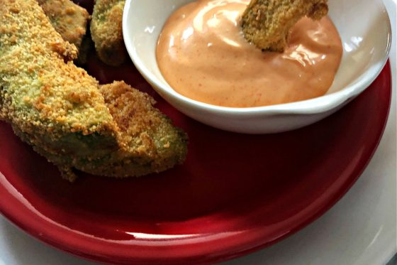 avocado fries dipping in sauce