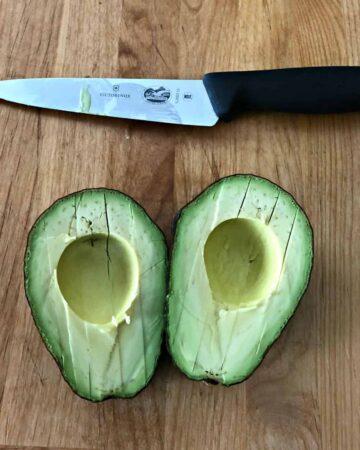 2 halves of avocado