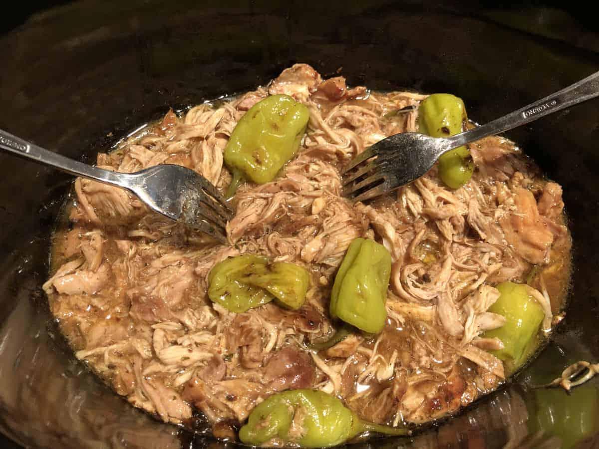 Mississippi chicken shredded in crock pot