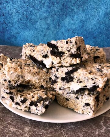 Oreo Krispies on a white plate