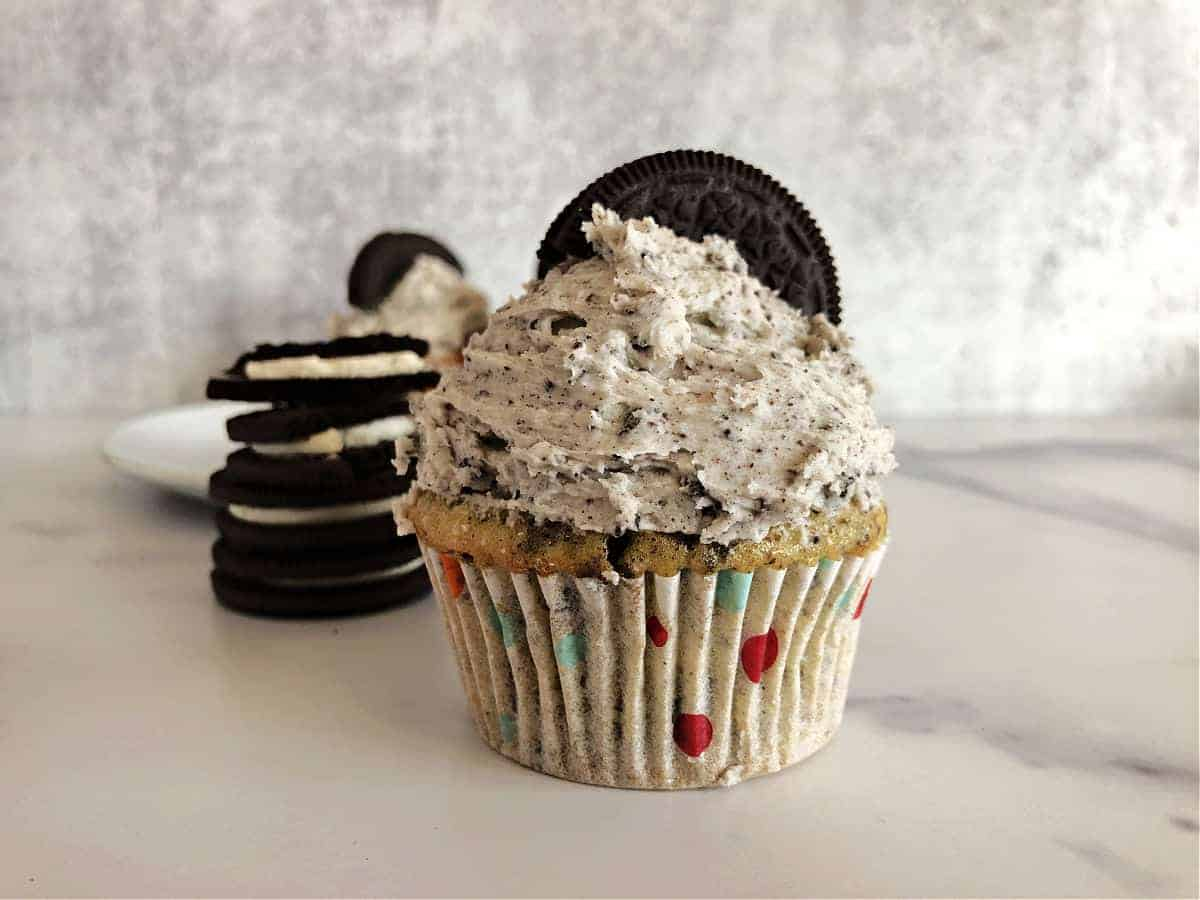 cupcake decorated with Oreo buttercream frosting