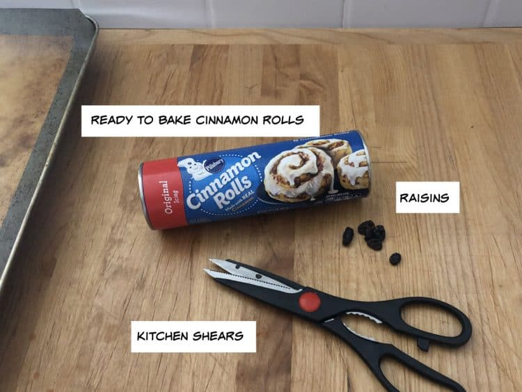 ready to bake pillsbury rolls and raisins