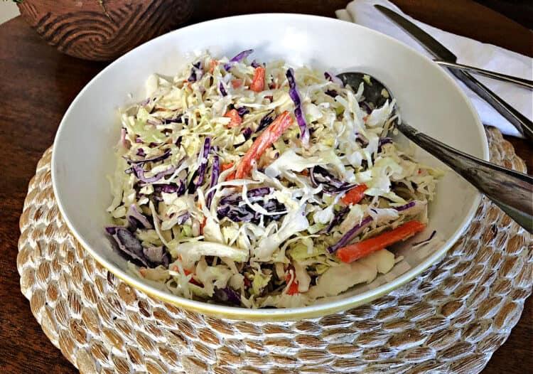 bowl of keto coleslaw